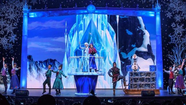Frozen a sing along celebration entertainment shanghai disney frozen a sing along celebration shanghai disneyland m4hsunfo