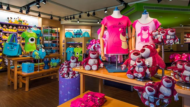 Lotso Shop Shops Shanghai Disney Resort